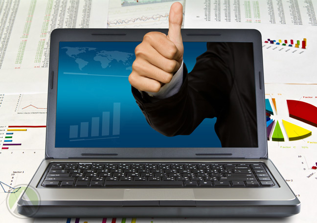 laptop-with-businessman-thumbs-up