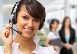smiling-female-customer-service-call-center-agent2