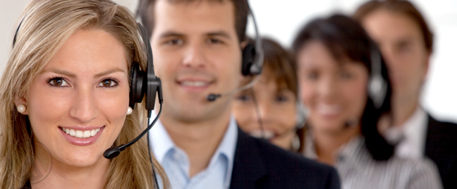 female-fronted-diverse-call-center-team