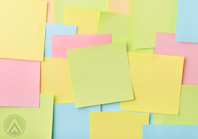 post-it-notes-in-different-colors