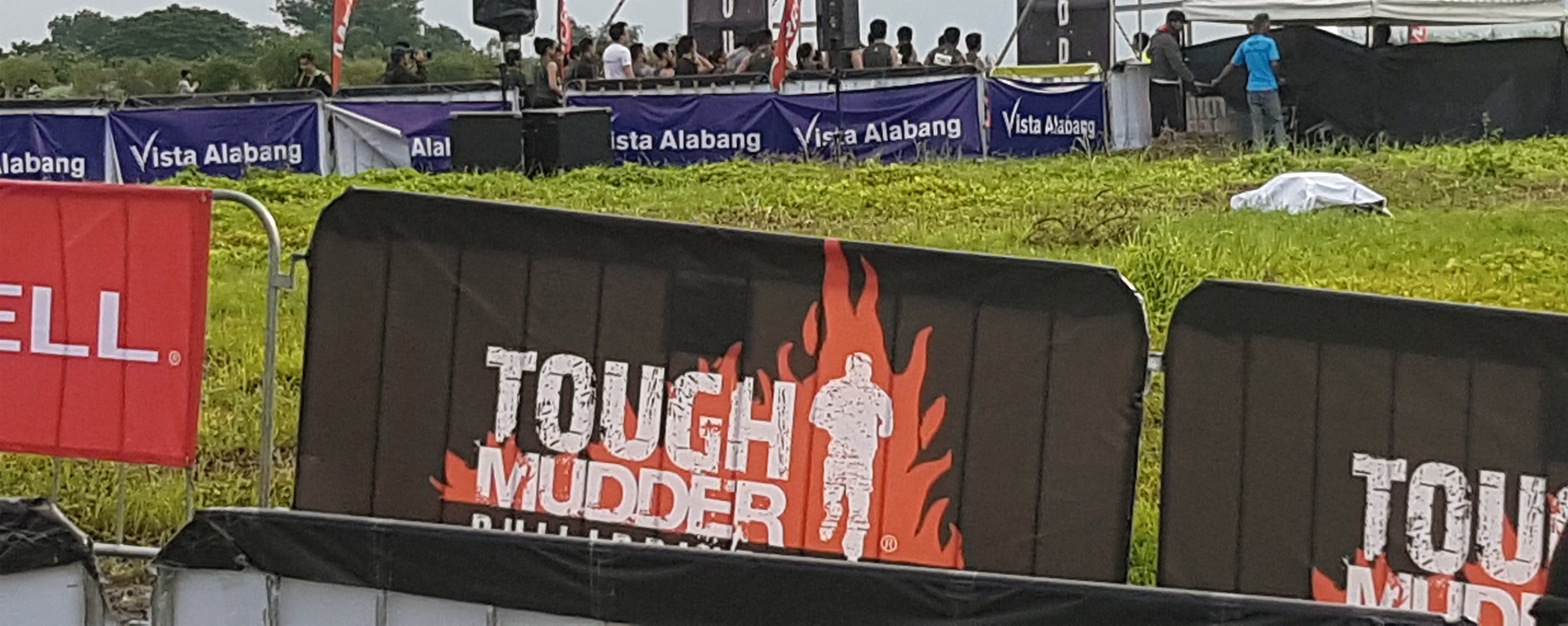 Open Access BPO employees tough it out on 1st Tough Mudder PH